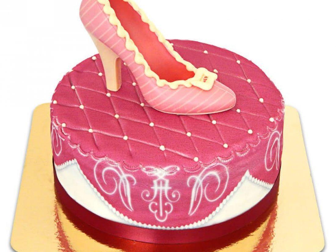 Pour les filles : opter pour un gâteau typiquement féminin