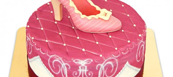 rosa-schuh-kissen-torte
