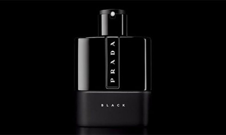 Échantillons de parfum Luna Rossa Black de Prada à recevoir gratuitement !