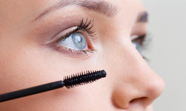 Mascara : Choix, astuces et erreurs à éviter